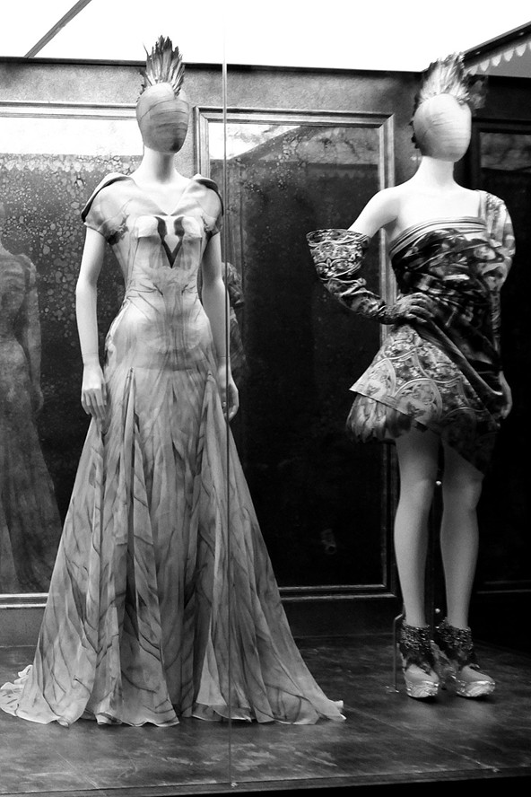 mcqueen_savage44_v_5may11_pa_592x888