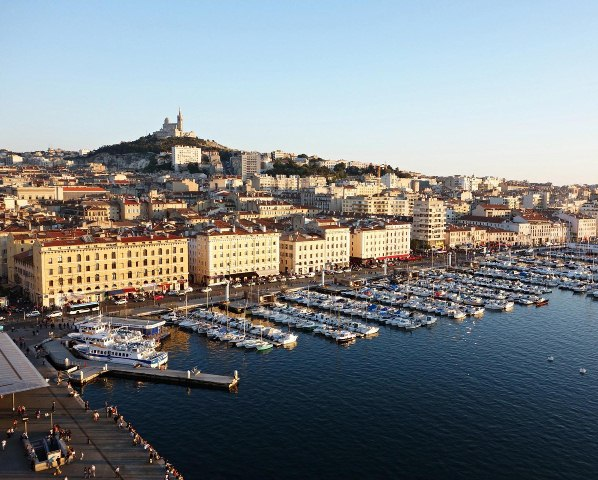 du-lich-Marseille-toan-canh-cang-bien