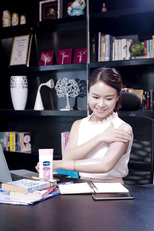 herstyle.com.vn-duong-the-vaseline-ong-anh-5