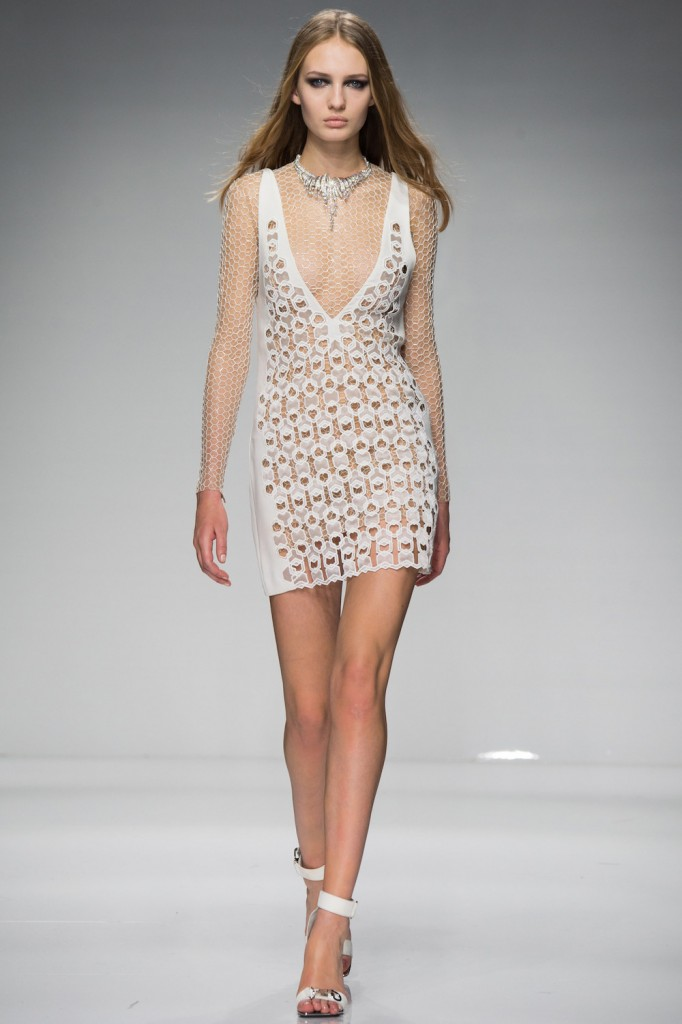 herstyle.com.vn-ATELIER-VERSACE-SPRING-2016-COUTURE-2