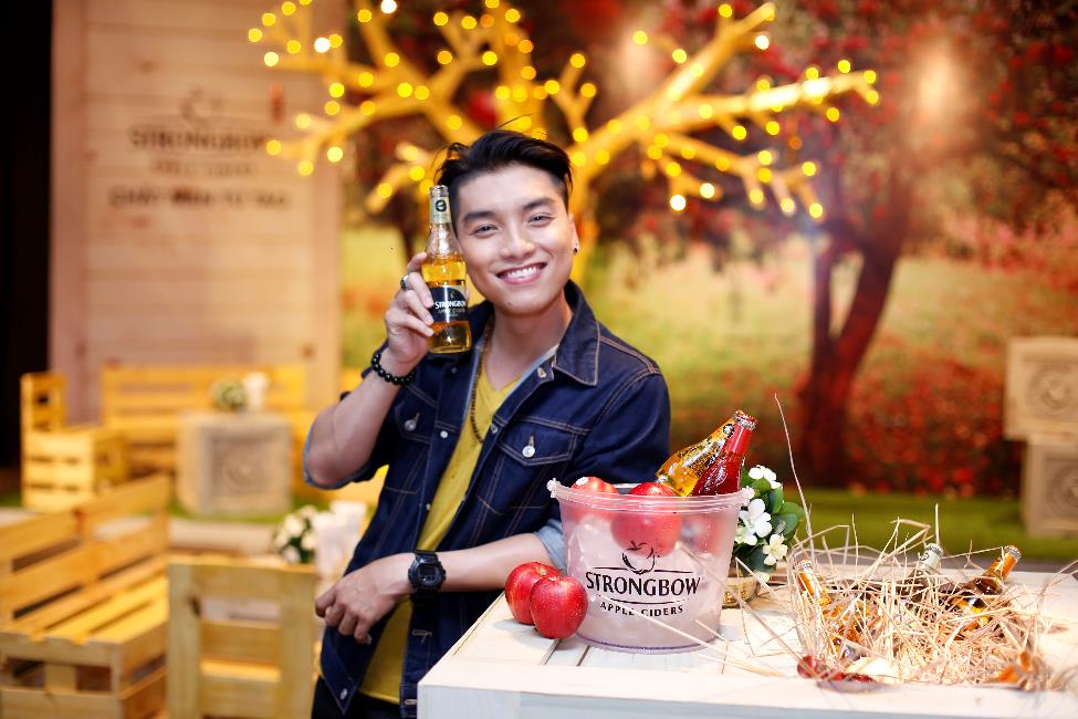 herstyle.com.vn-hariwon-ngoc-trai-strongbow-1