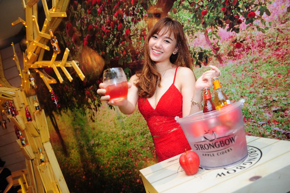 herstyle.com.vn-hariwon-ngoc-trai-strongbow-N