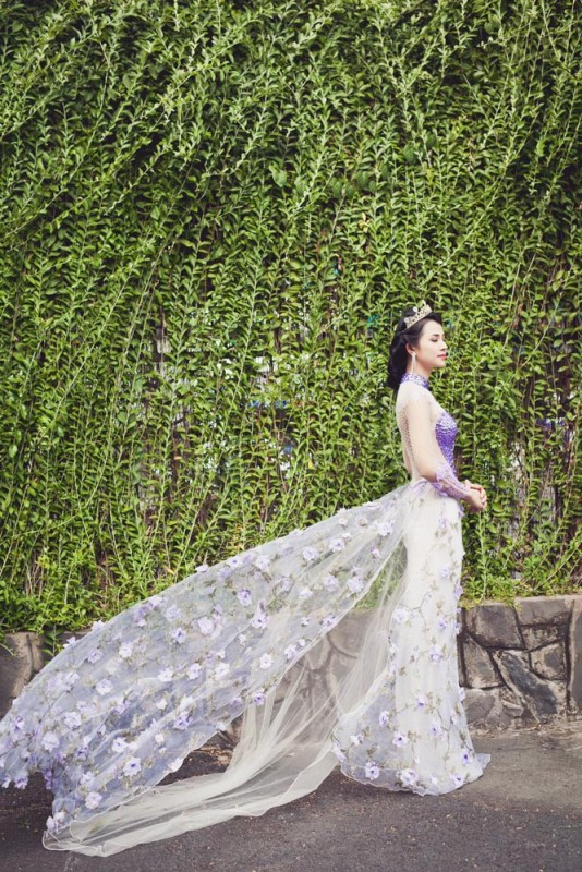 herstyle.com.vn-nguoi-dep-ly-thien-truc-sang-trong-va-quyen-ru-voi-ao-cuoi-tommy-nguyen-10