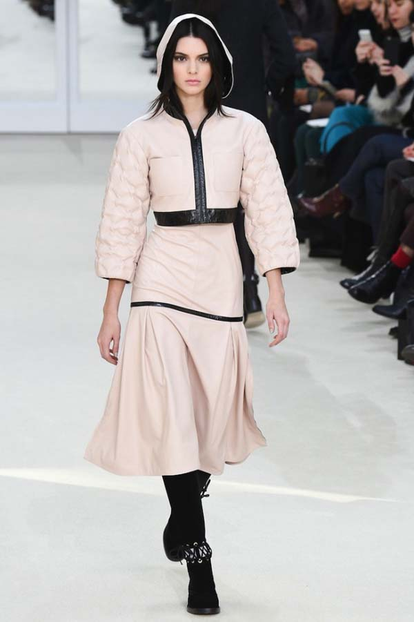 herstyle.com.vn-bo-suu-tap-thu-dong-chanel-fall-winter-2016-16