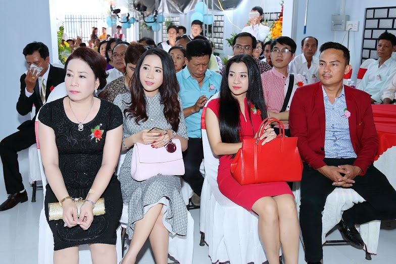 herstyle.vn-le-ngoc-thanh-xuong-may-tai-phat-8