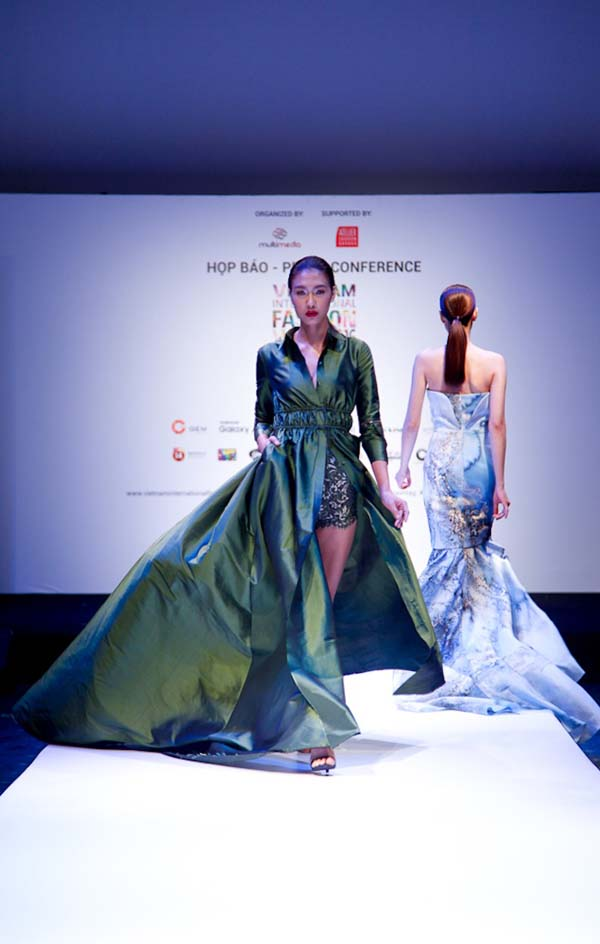 herstyle.com.vn-International Fashion Week xuân hè 2016-7