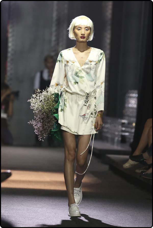 herstyle.com.vn-LE HA RUNWAY-1