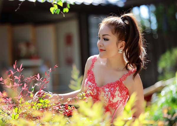 herstyle.vn-a-hau-ca-si-lam-hoang-my-15