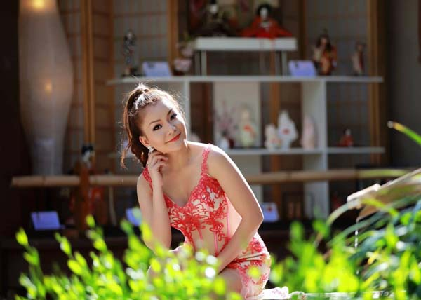 herstyle.vn-a-hau-ca-si-lam-hoang-my-16
