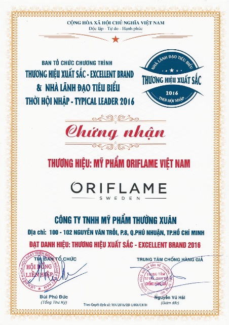 herstyle.vn-oriflame-nhan-giai-thuong-1