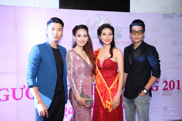 herstyle.vn-thank-you-party-hoa-khoi-toa-sang-2016-3