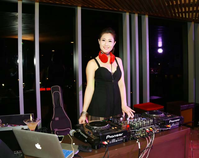 herstyle.vn-thank-you-party-hoa-khoi-toa-sang-2016-8