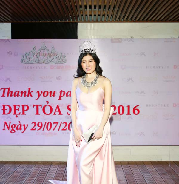 herstyle.vn-thank-you-party-hoa-khoi-toa-sang-2016-9