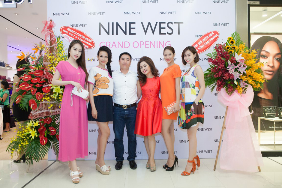 herstyle.vn-nine-west-combo-store-saigon-centre-2