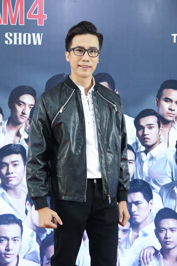 herstyle.vn-ntk-nguyen-trung-my-dai-hoi-my-nam-5