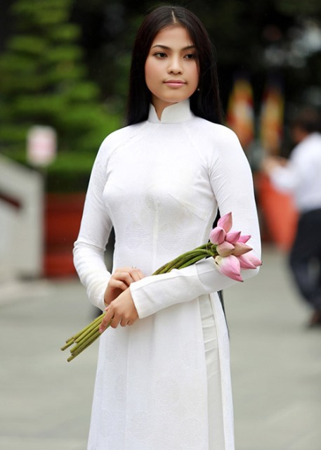 herstyle.vn-truong-thi-may-an-chay