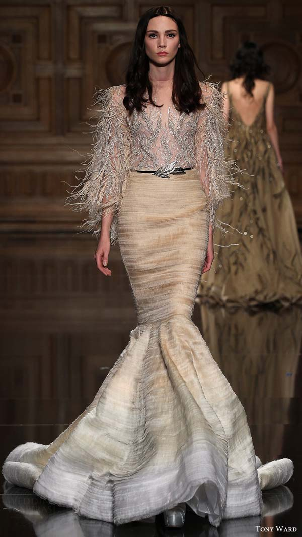 herstyle.com.vn-tony-ward-couture-fall-2016-long-sleeve-illusion-feather-top-mermaid-skirt-08-mv