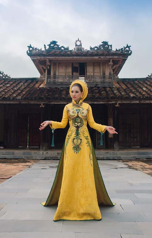 herstyle-com-vn-ao-dai-cung-dinh-10