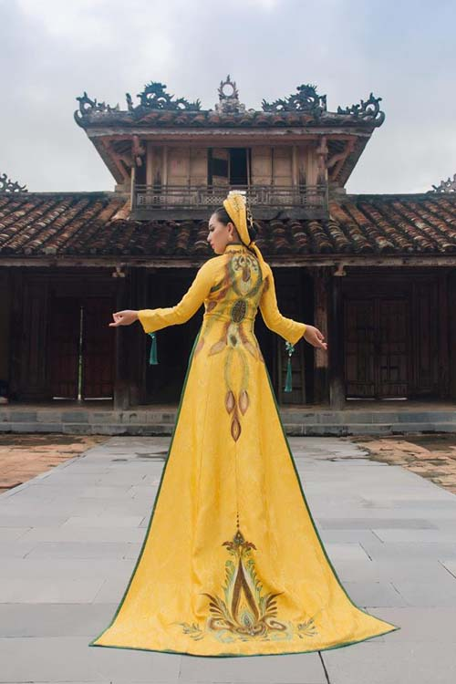 herstyle-com-vn-ao-dai-cung-dinh-3