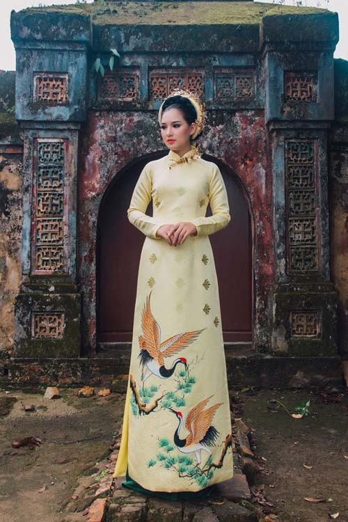 herstyle-com-vn-ao-dai-cung-dinh-6