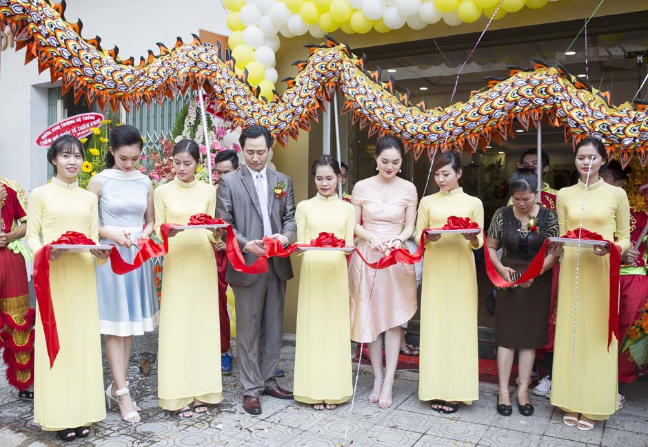 herstyle-vn-tham-my-quoc-te-thien-khue-khai-truong-dong-nai4