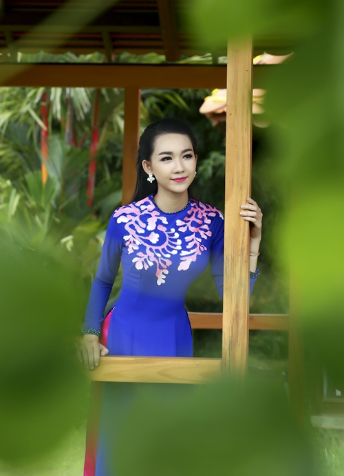 phi-nhung-herstyle-vn