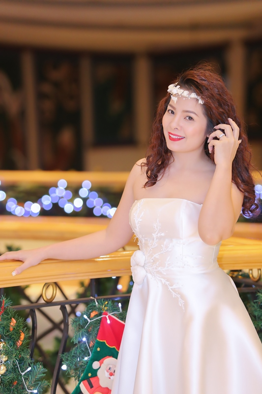 Thanh Nhan Hoang naked (98 foto) Is a cute, YouTube, cleavage