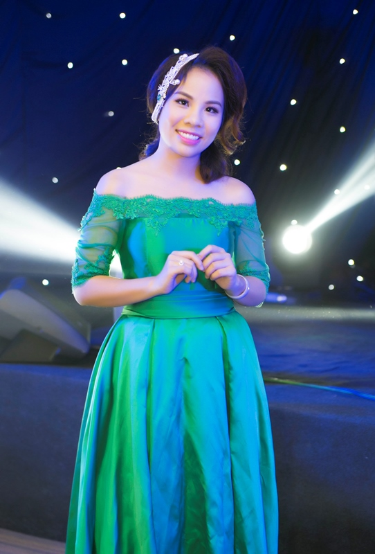 herstyle-vn-doanh-nhan-nguyen-tuong-an-1