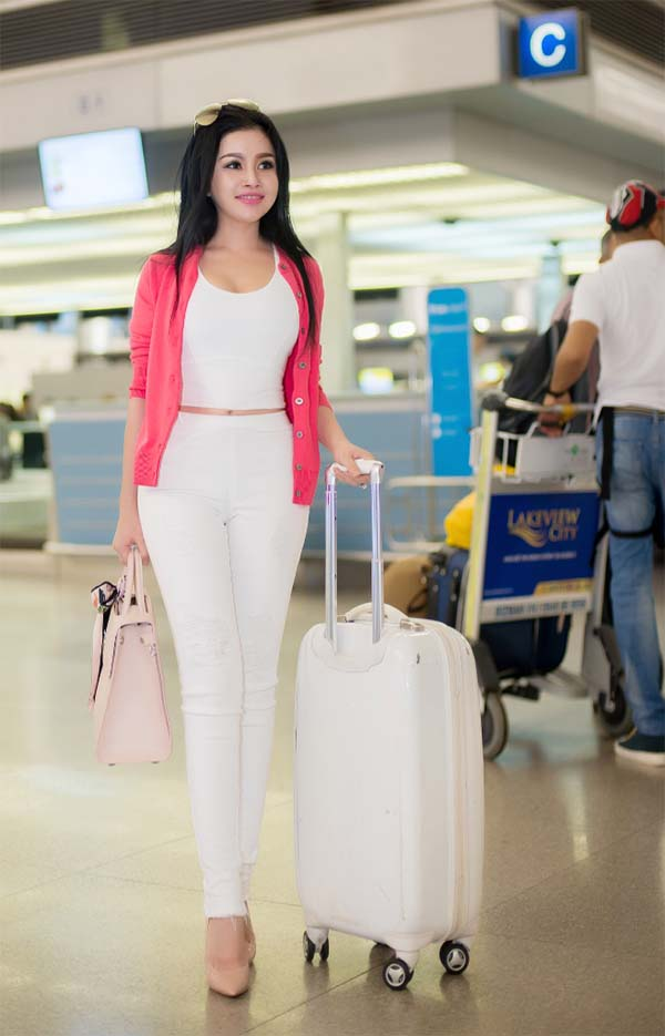 herstyle-vn-phongcachphaidep-janny-thuy-tran-du-hoc-uc-dong-phim-2