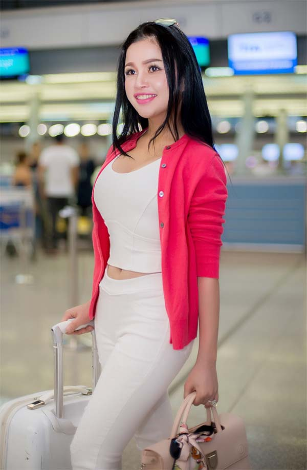 herstyle-vn-phongcachphaidep-janny-thuy-tran-du-hoc-uc-dong-phim-4