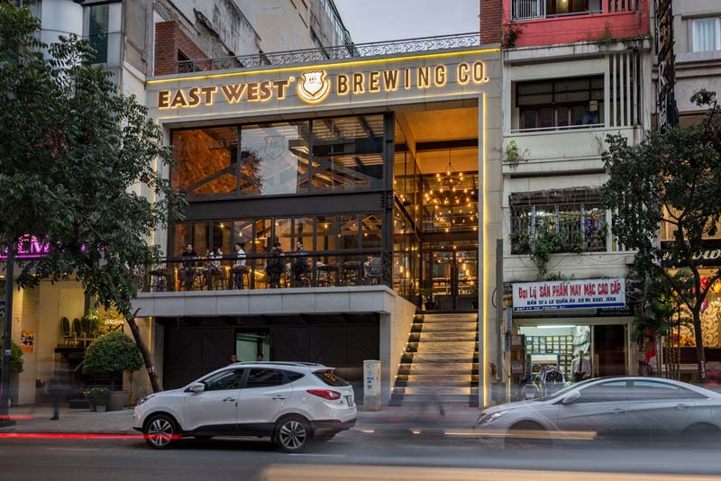 herstyle-vn-stylemen-vn-bia-thu-cong-east-west-brewing-co-7