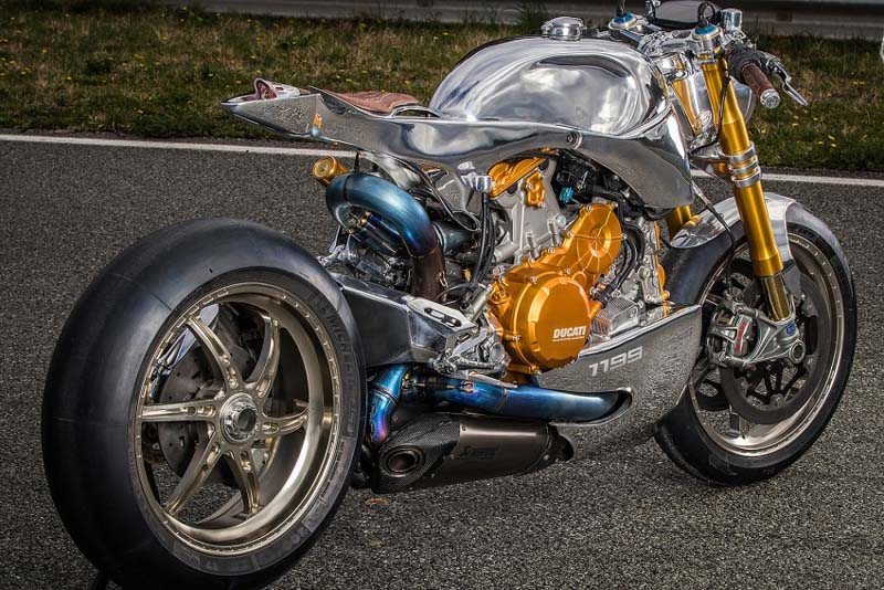 herstyle-com-vn-la-lam-ducati-1199-s-panigale-do-phong-cach-cafe-racer-6