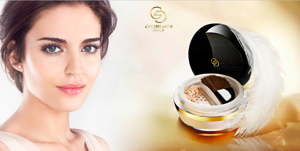 herstyle-vn-dep-awards-2016-giordani-gold-invisible-touch-loose-powder-oriflame-2
