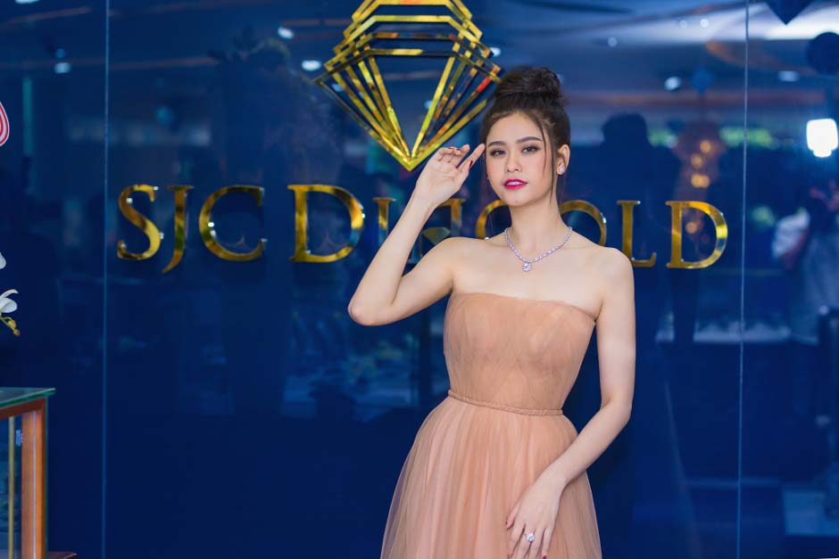 herstyle-vn-truong-quynh-anh-tuan-le-kim-cuong-da-quy-sjc-4