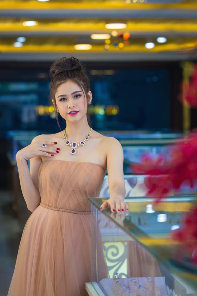herstyle-vn-truong-quynh-anh-tuan-le-kim-cuong-da-quy-sjc-5