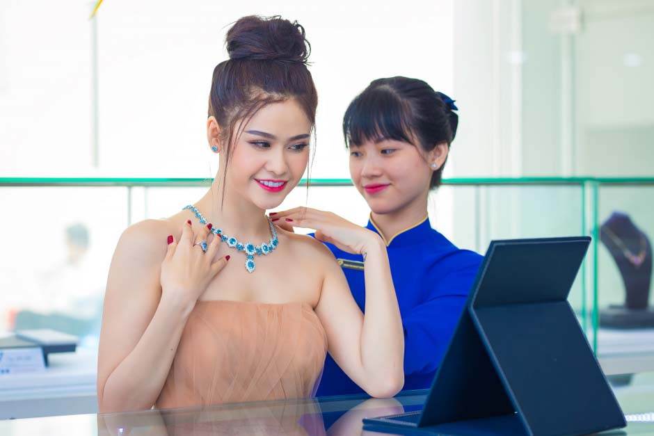 herstyle-vn-truong-quynh-anh-tuan-le-kim-cuong-da-quy-sjc-8
