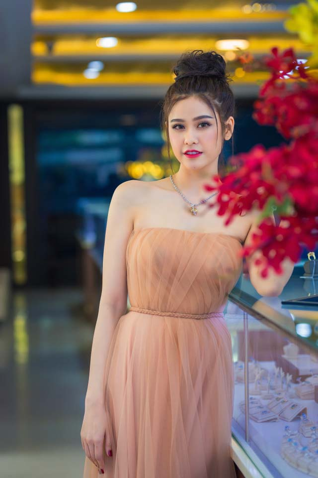 herstyle-vn-truong-quynh-anh-tuan-le-kim-cuong-da-quy-sjc-9